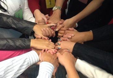 mãos unidas equipe